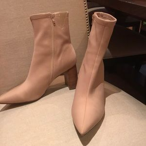 Taupe pointy toed Booty